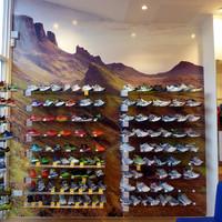 the-impressive-new-shoe-display-003pb