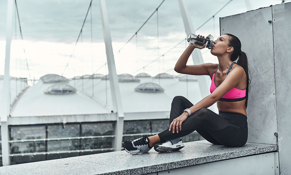 How to Stay Hydrated While Running