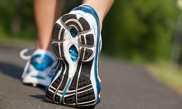 my foot strike when running