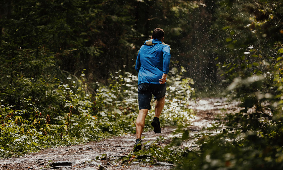 3 Best Waterproof Running Jackets: 2020