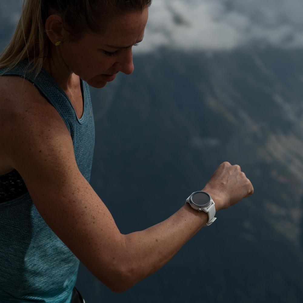Coros Apex Premium Multisport GPS Watch 42mm #3