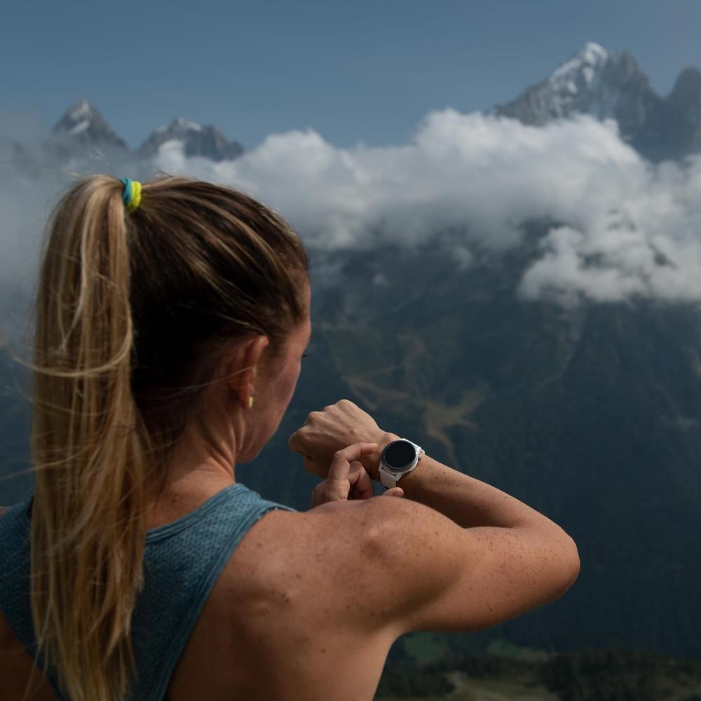 Coros Apex Premium Multisport GPS Watch 42mm #2
