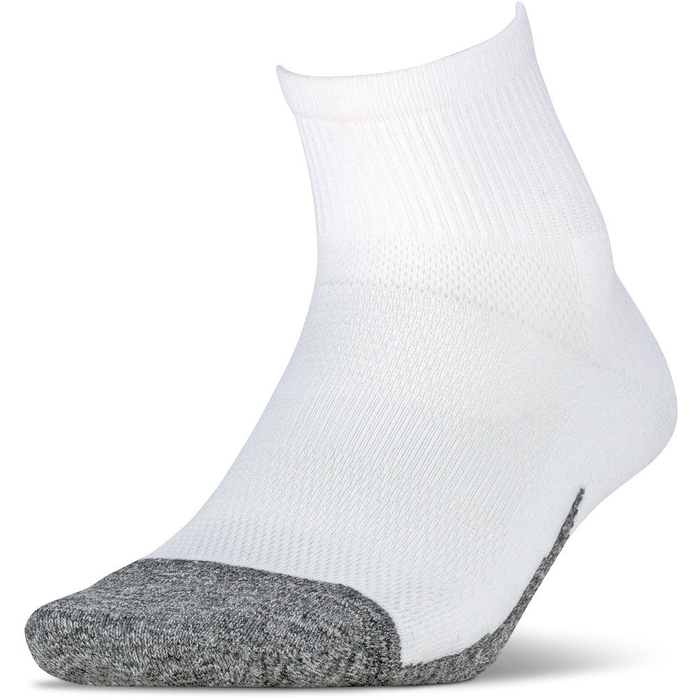 Feetures Elite Light Cushion Quarter Socks #1
