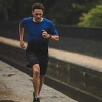 RONHILL  Tech Marathon Tee
