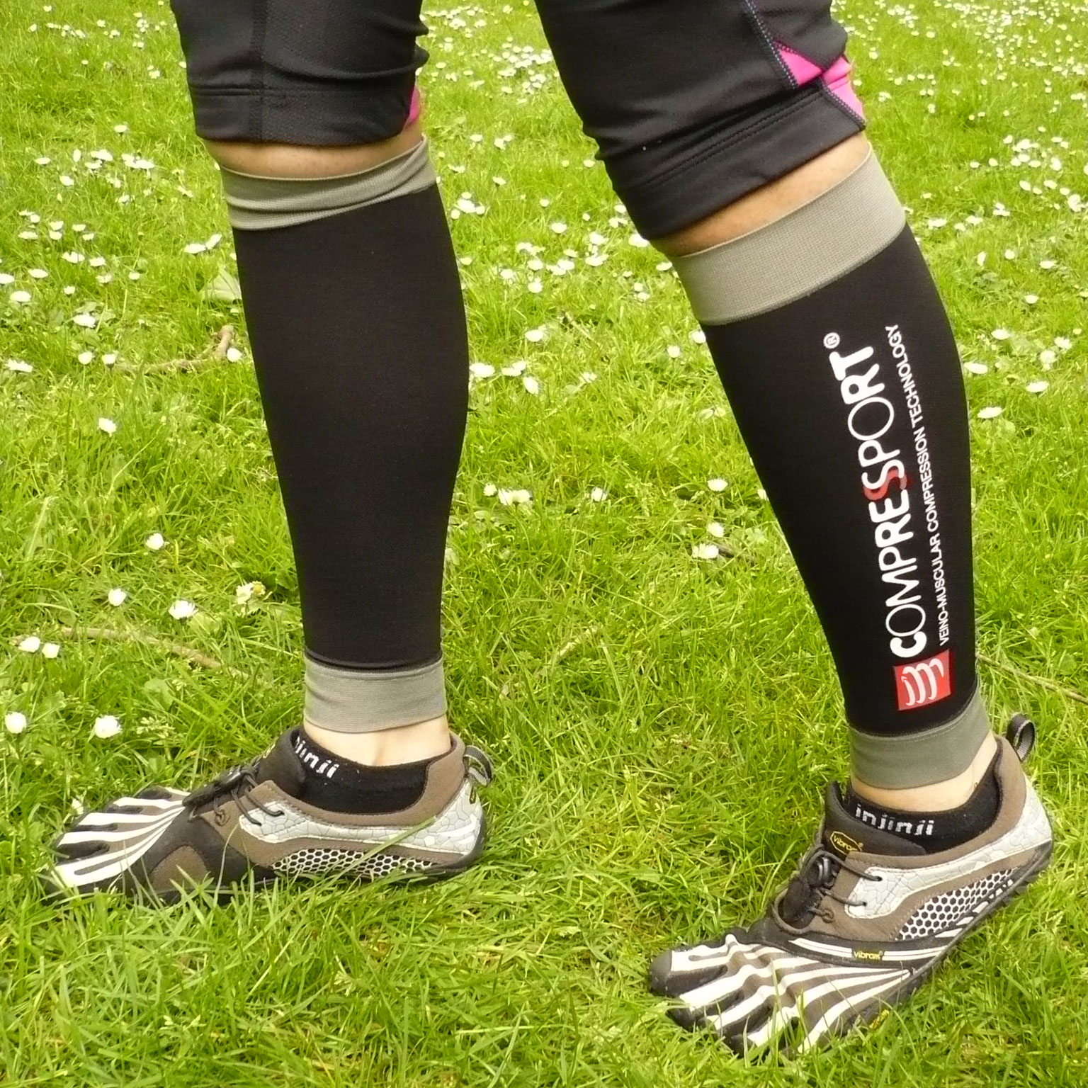 Compressport Race and Recovery Calf Guards