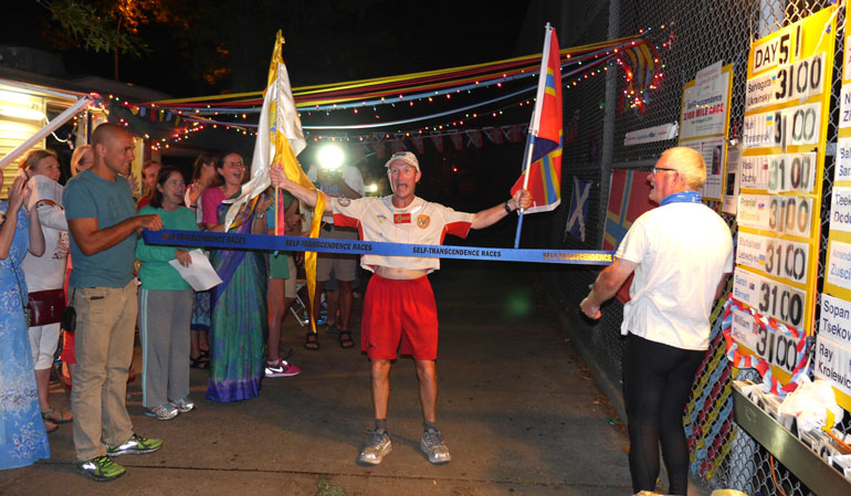 William Sichel Completes the 3100 Mile Race